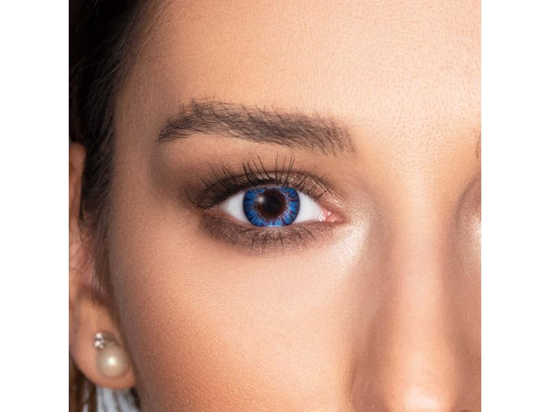 Siniset Sapphire linssit FreshLook ColorBlends - Tehoilla (2 kpl)